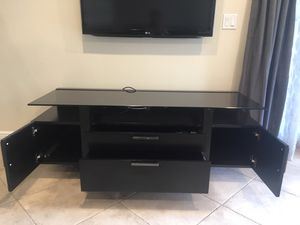 Tv stand solid wood for Sale in Delray Beach, FL