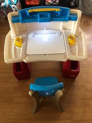 Step 2 deluxe art master desk for kids for Sale in Bonita, CA