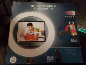 "Vivitar 18"" Professional Ring Light Kit for Sale in Huntington Beach, CA"