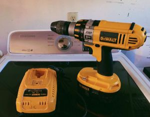 DeWalt 18v Compact Li-Ion Hammer Drill/Impact Driver for Sale in Willow Grove, PA