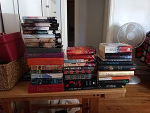 Young Adult Books Lot *INCLUDES FULL BLUE BLOODS SERIES* for Sale in Wetumpka, AL