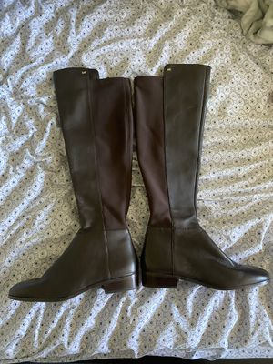 Michael Kors Brown Boots Size 8 M (New) for Sale in San Francisco, CA