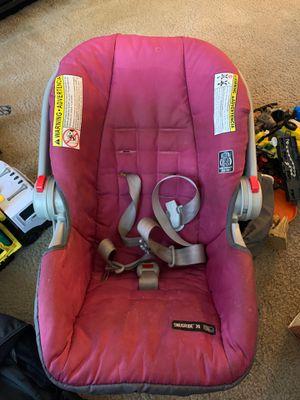 SNUGRIDE 30 Girl Car seat for Sale in Savannah, GA