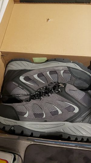 Brand new Man Shoes all season brand Khombu size 12 or 10 for Sale in Garden Grove, CA