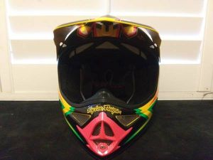 Troy Lee Designs 2015 Dirt bike/offroad helmet-brand new never used size mediun for Sale in Lake Forest, CA