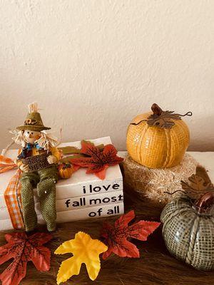 Custom fall books for Sale in Moreno Valley, CA