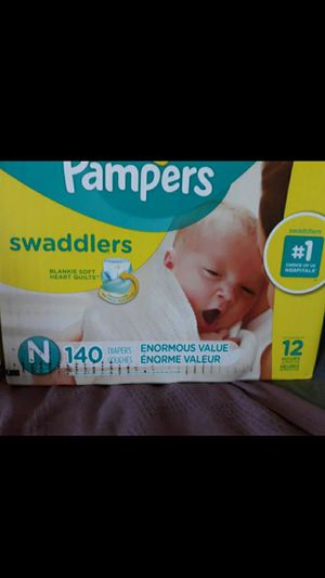 Newborn PAMPERS Diapers for Sale in Fontana, CA