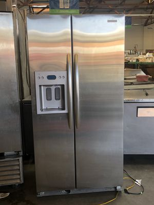 Kitchen Aid refrigerator for Sale in Oakland, CA