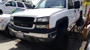 🎈05 Chevy Silverado 1500🎈 for Sale in Whittier, CA