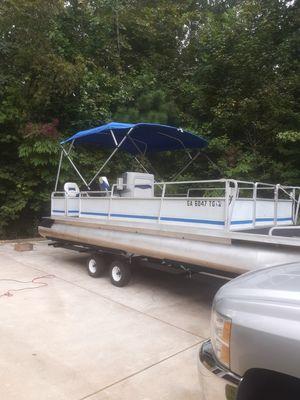 Kayot pontoon boat for Sale in Powder Springs, GA