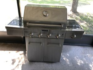 Kitchen Aid Propane grill for Sale in Jacksonville, FL