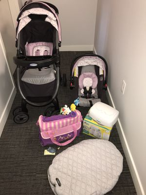 Travel system & baby bundle AVAILABLE FOR PICK UP NORWALK CT ONLY for Sale in Norwalk, CT