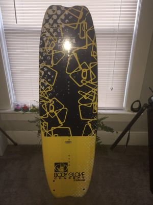 Never used bodyglove wake board. 142cm for Sale in Delaware, OH