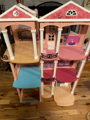 Barbie House for Sale in Gig Harbor, WA