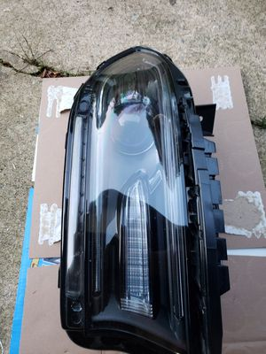 2015-2019 Dodge Charger driver side headlight (halogen) for Sale in Norcross, GA