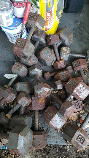 Full set hex cast iron dumbbells 50 down to 5lbs for Sale in Baldwin, NY