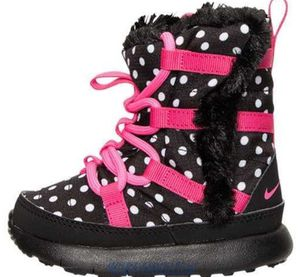 New in box baby girl Nike back to school winter polka dots boots size 10 for Sale in Boston, MA