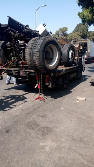 I pick up heavy duty scrap metal for free. for Sale in Los Angeles, CA