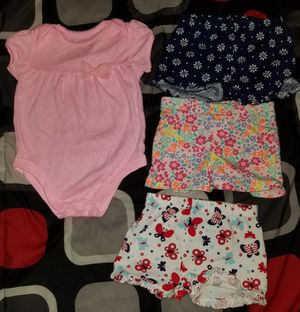 Baby girl clothes 6-9m for Sale in Houston, TX