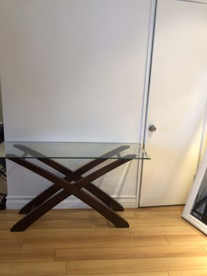 Display table for Sale in Los Angeles, CA