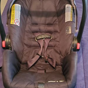 Car Seat for Sale in North Versailles, PA