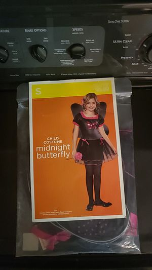 Midnight butterfly costume for Sale in Placentia, CA
