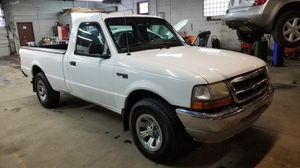 2000 Ford Ranger 2.5L automatic long bed for Sale in Parma, OH