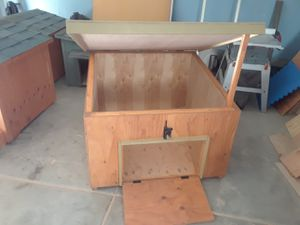 Tortoise house /casa para totugas for Sale in Etiwanda, CA