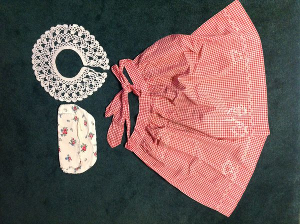 Vintage 3 pieces, Hand Crochet Lacy Collar, Hand sewn and embroidered coffee pot and steaming coffee cup design on gingham, lingeriebag lined with