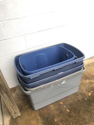 5 containers for Sale in Hagerstown, MD