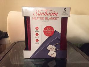 PRICED TO GO - Fleece Electric Blanket, King, Garnet for Sale in San Diego, CA