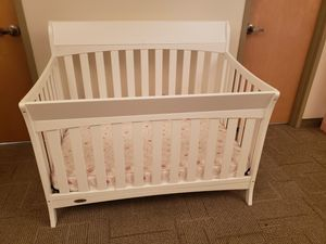 GRACO Convertible Crib for Sale in Buffalo, NY