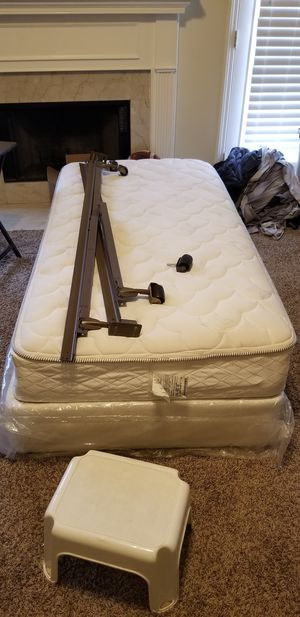Twin Size bed for Sale in La Vergne, TN