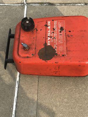 6 gal boat fuel tank $10.00 for Sale in Addison, IL