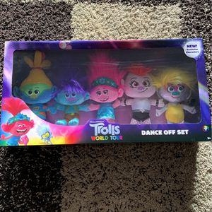 Trolls World Tour Plushies NEW for Sale in Lake Forest, CA