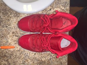 Jordan 11's for Sale in Bloomington, IL