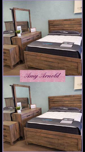 Four Piece Queen Bedroom Set for Sale in Glendale, AZ