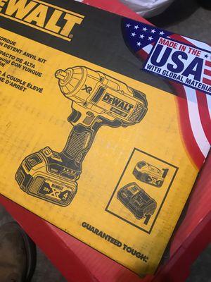 Dewalt 20vmax impact wrench for Sale in Bolingbrook, IL