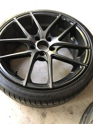 """Set of Wheels and tires, staggered 19"""" Targa Niche. for Sale in Naugatuck, CT"""