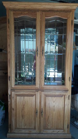 Oak Lighted China Cabinet for Sale in East Wenatchee, WA