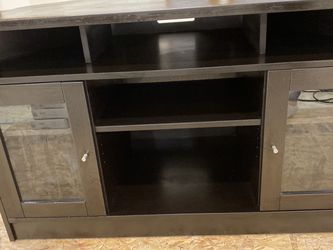 Corner TV Stand for Sale in Covington,  WA