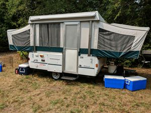 1998 coleman tent trailer. Get ready for camping season/hunting season. for Sale in Puyallup, WA
