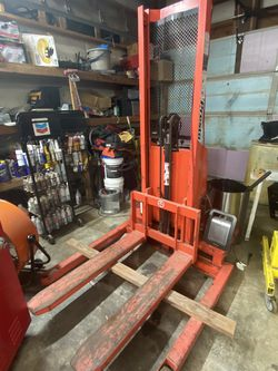 Prestolift Electric Forklift for Sale in Tigard,  OR