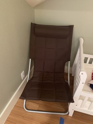 Free - chair for Sale in Seattle, WA
