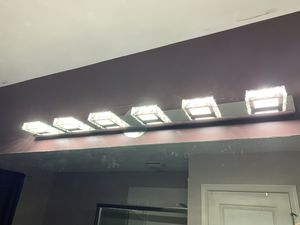Bathroom vanity light for Sale in Naperville, IL
