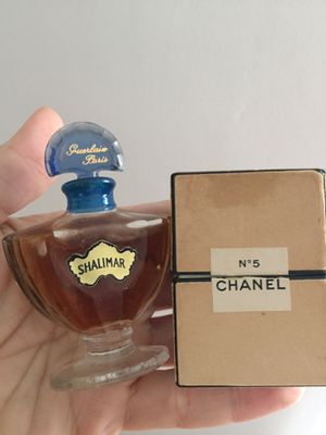 Super rare vintage perfume Chanel no.5 for Sale in Lorain, OH