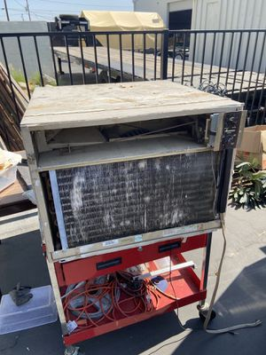 Big powerful window Air conditioning for Sale in Upland, CA