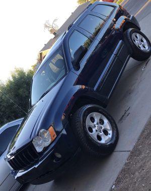 2006 jeep Cherokee 4x4 for Sale in Phoenix, AZ