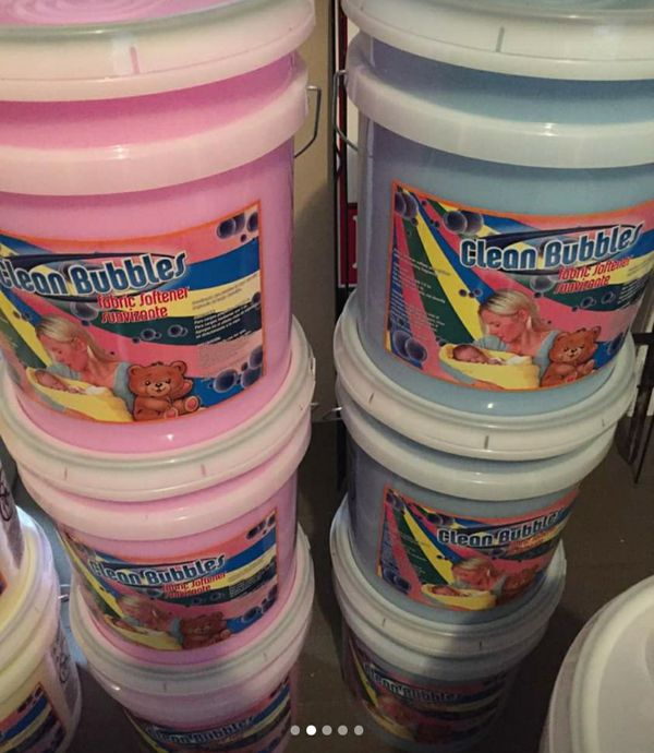 5 Gallon Buckets Of Laundry Detergent Fabric Softener
