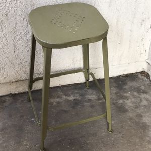 Pier 1 Olive Green Metal Stool Backless for Sale in Huntington Beach, CA